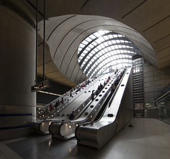 London (richard.mcmanus.) Tags: london canarywharf england uk station architecture mcmanus underground urban tube docklands