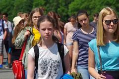 today (enrico sprea) Tags: ragazze fanciulle studenti visitatori mostra visita buchenwald weimar germania germany turingia allaperto pentaxlife nazismo nazifascismo sterminio concentramento lager campodilavoro visi turisti germaniaorientale repubblicademocraticatedesca campo campodisterminio prigione segregazione deportazione guerra facce teste sguardo persone gente adolescenti foresta forestadiettersberg gruppo folla secondaguerramondiale tedeschi happy fotodigruppo exddr