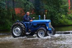 IMG_0465 (Yorkshire Pics) Tags: 1006 10062017 10thjune 10thjune2017 newbyhalltractorfestival ripon marchofthetractors marchofthetractors2017 ford fordcrossing river rivercrossing tractor tractors farmingequipment farmmachinery agriculture yorkshire northyorkshire