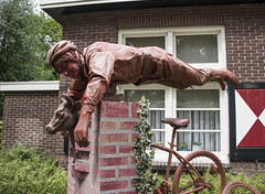 Living statues in Westerbork  (6) (John de Grooth) Tags: westerbork livingstatue livingstatues drenthe 2017 02062017
