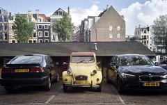 2CV (nomadicChanticleer) Tags: car french netherlands amsterdam 2cv