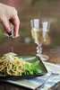 Linguine al pesto (Ivannia E) Tags: pasta albahaca pesto basil foodphotography food styling alimentos vino cheese parmesano queso
