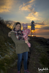 Black Nore Lighthouse (lpg_photos) Tags: family portishead somerset mother daughter sunset