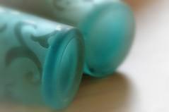 the Bottom.....HMM (wilma HW61) Tags: bottomsup macromondays hmm bottem bodem macro doff focus detail details nederland niederlande netherlands holland holanda paísesbajos paesibassi paysbas europa europe blauw blue bleu blu blau wilmahw61 wilmawesterhoud indoor