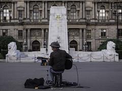 Street performer in Glasgow (Michel Assaad) Tags: glasgow scotland street photgraphy art performer candid portrait man guitarist