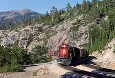 SP 8550 West at Yuba Pass, CA (thechief500) Tags: donnerpass railroads sp southernpacific california espee