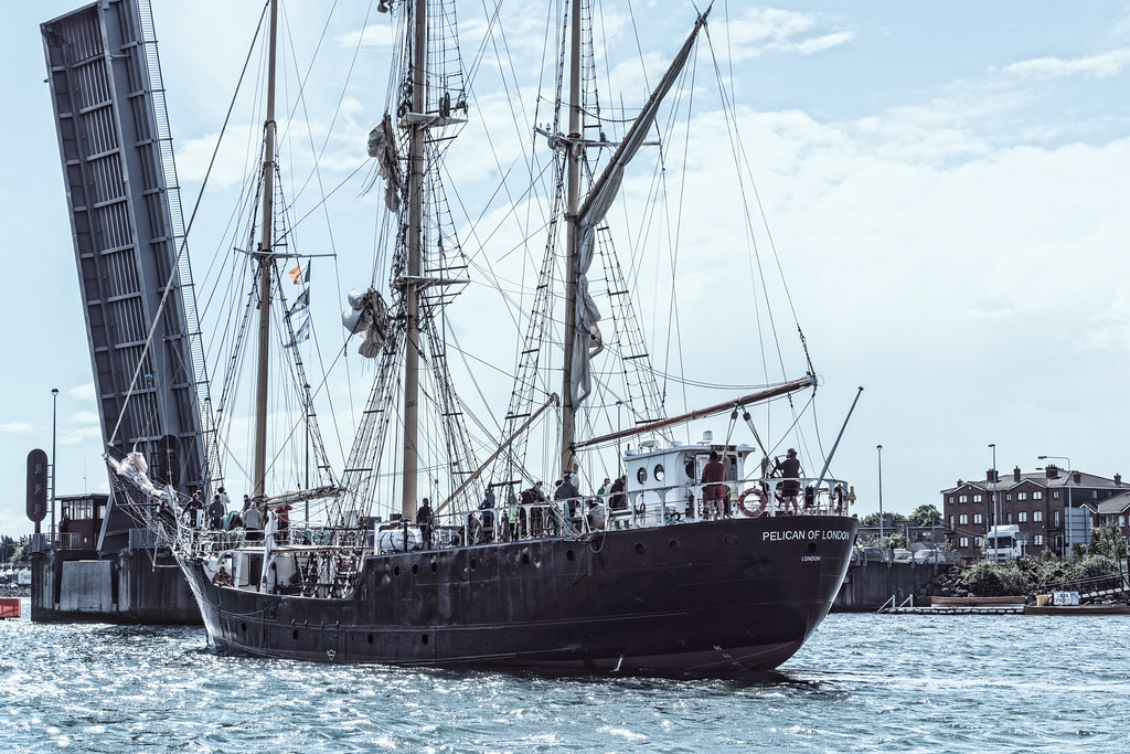 PELICAN OF LONDON [TALL SHIPS LEAVING DUBLIN PORT TUESDAY JUNE 6 2017]-129376