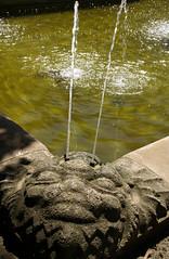 Mainz, Rosengarten, Mainblickbrunnen (Rose garden, Main View fountain) (HEN-Magonza) Tags: mainz rosengarten rosegarden mainblickbrunnen stadtpark municipalpark rheinlandpfalz rhinelandpalatinate germany deutschland brunnen fountain