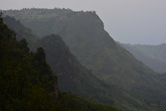 Downpour on the Rift Valley Escarpment (supersky77) Tags: escarpment elgeyo kenya scarpata rift samich rain pioggia