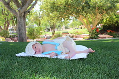 baby (alexdiaz18) Tags: rebelt5 baby garden view greengrass outdoor people