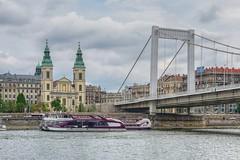 Budapest (Txulalai) Tags: budapest hungría danubio agua puente bridge river arquitectura monumento barroco iglesia church travel sonyilce6000 sonya6000 sony sonyalpha6000