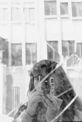 (bisonte invencible) Tags: 35mm 50mm leica film blackandwhite blancoynegro blancetnoir biancoenero selfportrait portrait