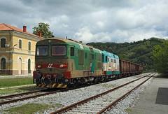 D345 1107 + D345 1003,  Vrtojba, 5 May 2017 (Mr Joseph Bloggs) Tags: railway railroad train treno bahn vlak d345 1003 1107 d3451003 d3451107 freight merci cargo vrtojba nova gorica gorizia centrale slovenia 45757
