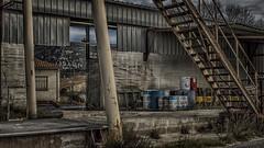 Stairs to... (Fred&rique) Tags: lumixfz1000 raw photoshop hdr escalier marches bidons cat mur tôle gare désaffectée quai