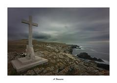 A Frouxeira... (Canconio59) Tags: afrouxeira galicia españa spain landscape paisaje nubes clouds cielo sky costa coast valdoviño cruz cross