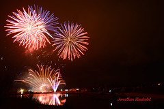 Feux d'Artifices du 14 juillet 2017 - La Teste - 13 juillet (Jonathan d[-_-]b) Tags: feux feuxdartifice feuxdartifices artifice firework fireworks arcachon lateste