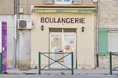 N7 Bakery in L'Homme d'Armes 1.6.2017 1084 (orangevolvobusdriver4u) Tags: lhommedarmes 2017 archiv2017 france frankreich n7 routenational routebleue routenational7 road strasse bäckerei bakery boulangerie rhonealpes shop geschäft