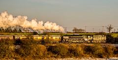 Catching the low sun (Peter Leigh50) Tags: gcr birstall great central railway 70013 olivercromwell britannia class pacific br sunshine sun sunlight golden hour late afte december winter cold