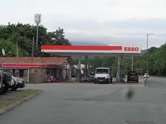 Esso - Allan Green Vehicle Sales - Penrhyndeudraeth, Gwynedd 3 (christopherbarker13) Tags: esso petrolstation garage allangreenvehiclesales penrhyndeudraeth gwynedd exxon