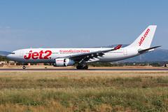 G-VYGL - Jet2 - Airbus A330-243 (5B-DUS) Tags: june 2017 pmilepa palma de mallorca son sant joan gvygl jet2 airbus a330243 a330200 a332 airport airplane aircraft aviation flughafen flugzeug planespotting plane spotting pmi lepa