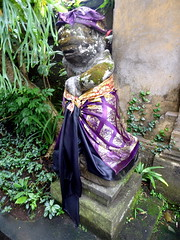 ubud_027 (OurTravelPics.com) Tags: ubud dressed statue puri saren agung palace
