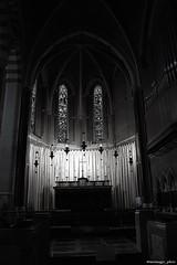 Heilig (Maria Laura Zazza) Tags: nikonitalia nikon soul luci luce monocrome biancoenero bw blackandwhite light church holy sacro heilig
