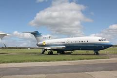VP-CJN Boeing 727-76(WL) Starling Aviation (pslg05896) Tags: vpcjn boeing727 starlingaviation qla eghl lasham