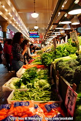 | Pike Place Market | | Seattle, Washington | June, 2017 | (Jose Moncivais) Tags: farmers farmersmarket fish food fruits market pike public publicmarket seattle trip vacation vegetable washington