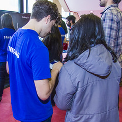 TEDx Montevideo 2017 - Stands - SAMSUNG (Alvimann) Tags: samsung alvimann peoplefromtedxmontevideo peoplefromtedx gentedetedxmontevideo gentedetedx tedxmontevideo2017 tedxmontevideo montevideouruguay montevideo uruguay stand stands brand branding marca marketing people gente man men mujer mujeres woman women telephone phone mobile mobilephone mobilephones telefono telefonosmobiles telefonomobil communication communicate call llamada comunicarse comunicar