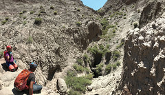 023 Blind Valley Above Majestic Cave (saschmitz_earthlink_net) Tags: 2017 newmexico sanjuancounty angelpeakscenicarea kutzcanyonbadlands mudstone canyon pit cliff majesticcanyoncave