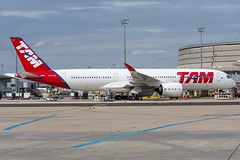 TAM / A359 / PR-XTB / LFPG (_Wouter Cooremans) Tags: cdg charles de gaulle airport charlesdegaulleairport roissyairport roissy lfpg spotting spotter avgeek aviation airplanespotting tam a359 prxtb