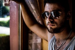 Saloon (Gaetan682) Tags: 6000 alpha saloon focus trépied 290b befree manfrotto selfie portrait f2 f20 f14 lightroom a6k a6000 lumière light soleil sunset followme love rayban lunette sigma sigma30mm14contemporary alpha6000 sony
