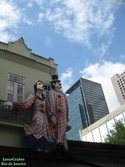 Bonecos (Janos Graber) Tags: bonecos ruadolavradio céu nuvens decoração riodejaneiro casal