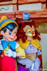 Pinocchio and Gideon (disneylori) Tags: gideon pinocchio disneycharacters meetandgreetcharacters characters storybookcircus magickingdom waltdisneyworld disneyworld wdw disney photopassday