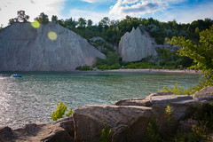 Scarborough Bluffs (A Great Capture) Tags: agreatcapture agc wwwagreatcapturecom adjm ash2276 ashleylduffus ald mobilejay jamesmitchell toronto on ontario canada canadian photographer northamerica torontoexplore summer summertime été bluffs blufferspark beach cliffs scarborough lake lakeontario