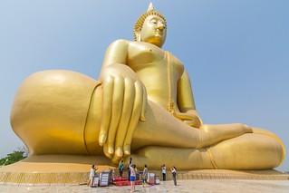 wat muang - ang thong - thailande 18