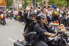 CSD Frau (marcpegi) Tags: münchen munich pride csd happy couple motorbike