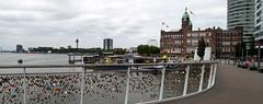 Rotterdam 22-07-2017-4 (Pure Natural Ingredients) Tags: rotterdam rotjeknor 010 architecture architectuur buildings gebouwen hotel newyork love hearts locks