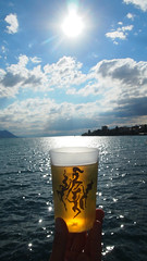 Golden Light (Thomson Lakes) Tags: crystal summer thomson beer alcohol jazz festival sun shine sunny water sea ocean design bar lakeside blue bird bluebird lakes mountains 2017 17 montreux vaud vaudois swiss switzerland