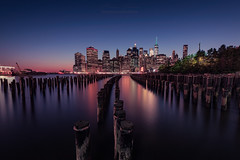 View of Manhattan skyline - New York (Fractal77) Tags: newyork skyline cityscapes city building colors water sunset wood green sky seascapes nuevayork photography nikon nisi reflex reflejo