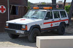 Creu Roja Vila-Seca (bleulights) Tags: creu roja vilaseca t911t jeep grand cherokee vehicle d'intervenció ràpida vehículo de intervención veículo resposta véhicule dintervention rapide rapid response notarzt 急救车 救急車 emergency car hızlı müdahale aracı akutlaege