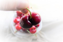 (M a r i S à) Tags: cherries siamese conjoinedtwins onwhite whitebackground fruit odd strange