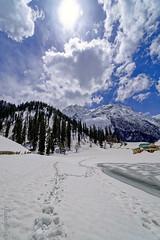Snow 37 ... (Bijanfotografy) Tags: zeiss zeiss15mm zeissdistagon15mm28 nikon nikond800 snow sonamarg kashmir jammukashmir jk india mountainside landscape sky cloud