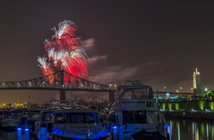 fireworks-in-the-old-port-by-eva-blue-03_35199049944_o (The Montreal Buzz) Tags: fireworks feuxdartifices oldport vieuxport montreal evablue