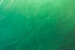 Textures (simonpe86) Tags: oil textures macromondays glas macro water makro green