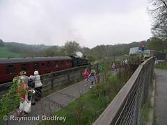 5164 leaving Highley (Faversham 2009) Tags: 5164 highley svr severnvalleyrailway steam heritage train trains locomotive loco railway shropshire
