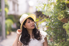 Young woman looking at nature in city (Apricot Cafe) Tags: img660859 asia asianandindianethnicities canonef85mmf18usm harajuku healthylifestyle japan japaneseethnicity tokyojapan beautifulwoman carefree charming cheerful colorimage day elegance enjoyment happiness horizontal lifestyles longhair lookingup nature oneperson onlyjapanese onlywomen onlyyoungwomen outdoors people photography smiling strawhat street summer waistup women youngadult