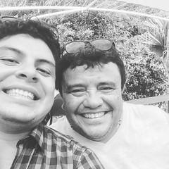 Los  25 años de tío cesar 👍 (sergionovelo) Tags: instagramapp square squareformat iphoneography uploaded:by=instagram moon
