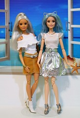 Platinum Pop and Blue Beauty Fashionista become Made to Move Barbie (Annette29aag) Tags: barbie madetomove doll articulated redressed fashion myscene fashionfever platinum pop blue beauty
