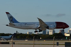 DY B788 FLL (Luis Fernando Linares) Tags: airlines airport airplane aircraft boeing b788 b787 dreamliner jet landing kfll fll dy nax nlh norstar du planespotting wingflex